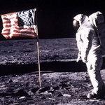 Tin tức trong ngày - Chùm ảnh về người đầu tiên lên Mặt Trăng