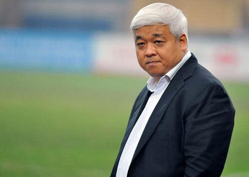 Vấn đề của bóng đá VN: Mất một ông bầu - 1