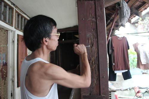 Hà Nội: Nhiều khu nhà gỗ... chờ cháy - 4