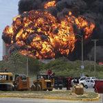 Tin tức trong ngày - Nhà máy lọc dầu lớn nhất Venezuela cháy lan