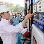 Triều cường TPHCM - Giá xăng tăng lần thứ 4 liên tiếp