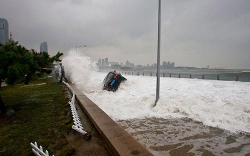 Chùm ảnh bão Bolaven tàn phá Hàn Quốc - 12