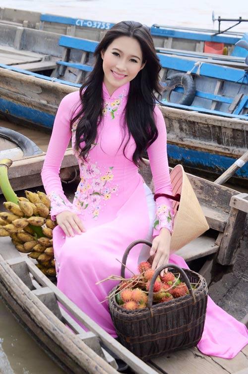 Hoa hậu Thu Thảo trở lại miền sông nước - 13