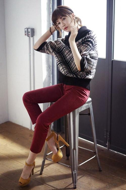 Lee Da Hee lãng mạn trong chiều thu - 13