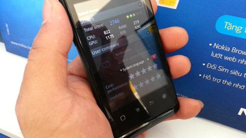 Sốc với Smartphone 3G, 2 sim giá rẻ FPT F8 - 2