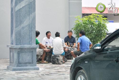 """Huỳnh Đức: """"Đại gia"""" buôn đồ thể thao - 10"""