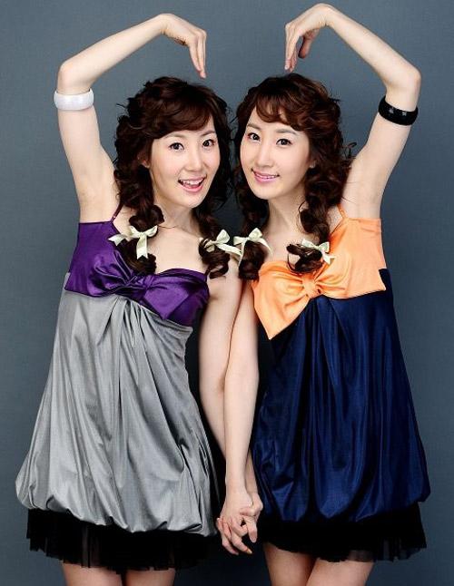 """Học """"gu"""" 3 cặp song sinh nổi nhất châu Á - 20"""