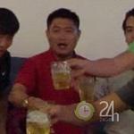 """Bóng đá - Bầu Thụy """"tắm bia"""" mừng SGXT vô địch"""