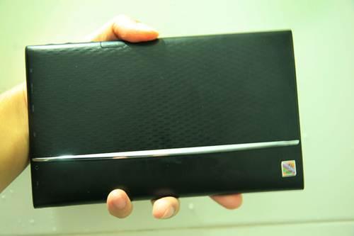 Máy tính bảng gọi điện thoại 3G giá siêu rẻ - 3