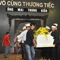 Gia đình Mai Thu Huyền đề nghị khởi tố
