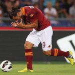 Bóng đá - Pha tung móc ngẫu hứng đẹp nhất V1 Serie A