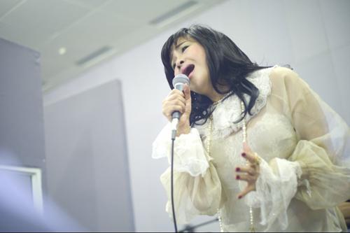 Thanh Lam dốc lòng vì Quốc Trung - 4