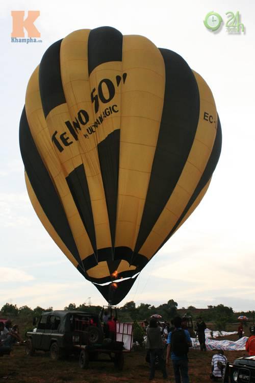 Sôi động lễ hội khinh khí cầu tại Việt Nam - 10
