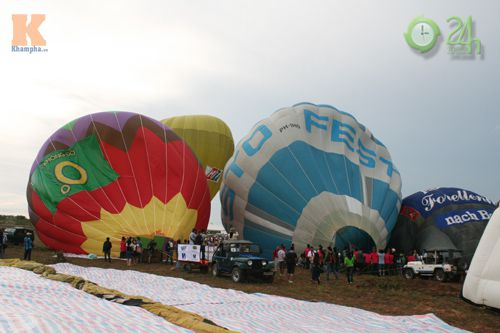 Sôi động lễ hội khinh khí cầu tại Việt Nam - 6