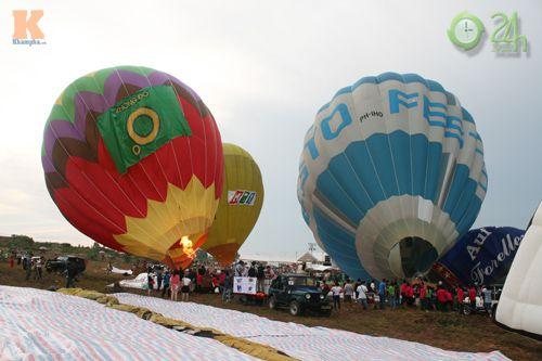 Sôi động lễ hội khinh khí cầu tại Việt Nam - 7
