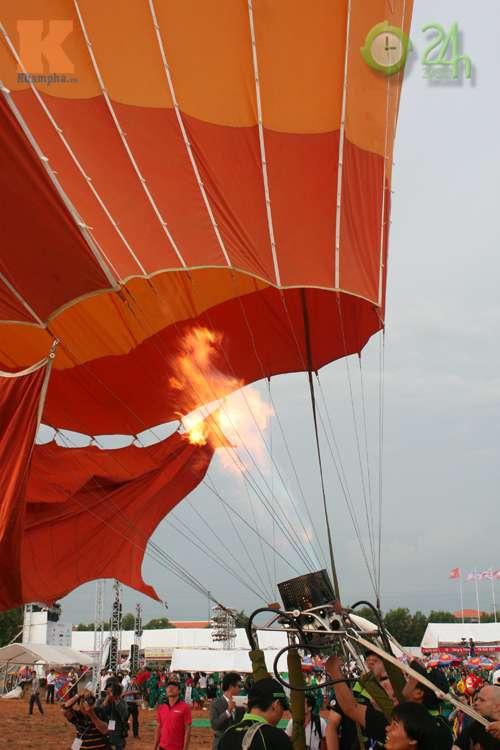Sôi động lễ hội khinh khí cầu tại Việt Nam - 8