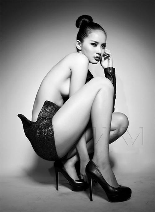 """Ảnh bán nude """"nóng hổi"""" của mỹ nhân Việt - 4"""