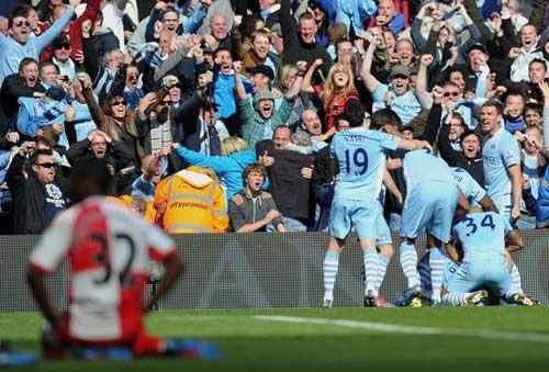 Man City – QPR: Khơi dậy bản năng - 2
