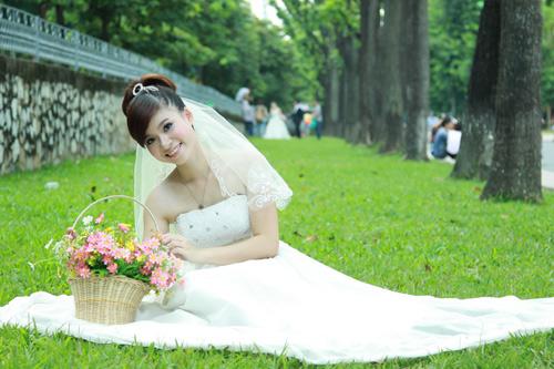 Thiếu nữ Hà Nội rạng rỡ làm cô dâu - 4