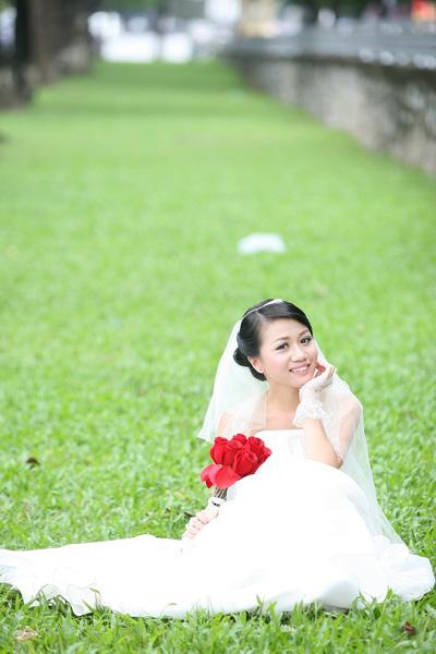 Thiếu nữ Hà Nội rạng rỡ làm cô dâu - 7
