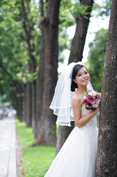Thiếu nữ Hà Nội rạng rỡ làm cô dâu - 13