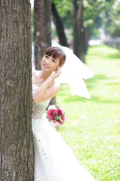 Thiếu nữ Hà Nội rạng rỡ làm cô dâu - 17