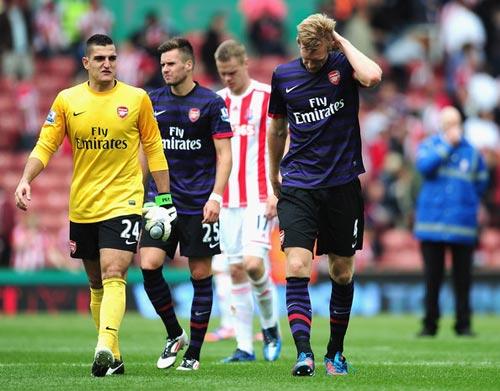 Liverpool – Arsenal còn 1 ngày: Trong cõi hỗn mang - 2