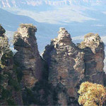 Du lịch - Kỳ lạ dãy núi Ba chị em