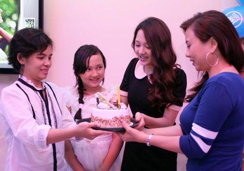 Bảo Anh mừng sinh nhật sớm cùng fan - 5