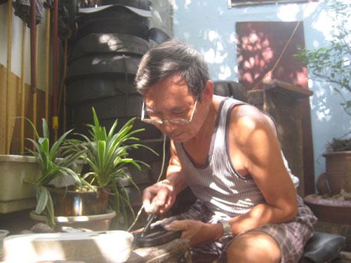 Người làm dép cao su duy nhất ở Hà thành - 3