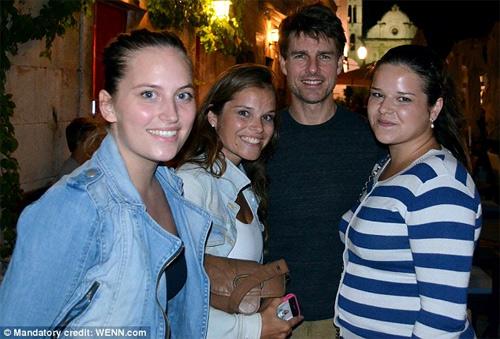 Tom Cruise vui tiệc tùng tới bến - 3