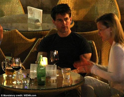 Tom Cruise vui tiệc tùng tới bến - 4