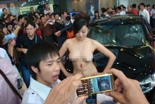Người mẫu bán rẻ thân thể trước ống kính - 6