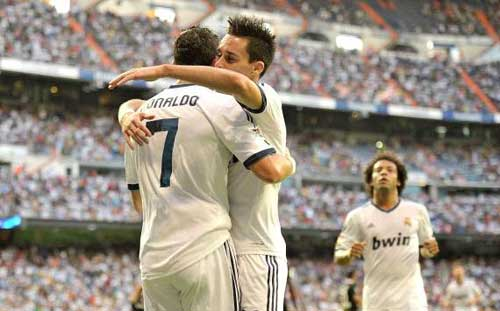 Real – Granada: Ronaldo thông nòng - 1