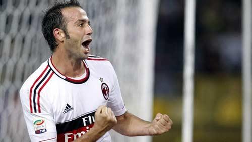 Serie A sau vòng 2: Inter thảm bại, Milan trở lại - 2
