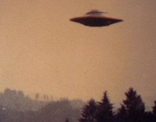 Nhiều bí mật về UFO sắp được tiết lộ - 1