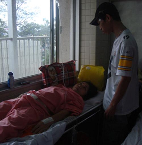 BV Từ Dũ: Cắt u xơ tử cung thủng bàng quang - 2