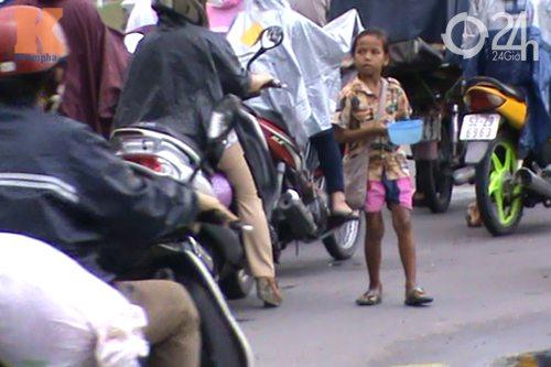 Cận cảnh nạn chăn dắt trẻ tại TP.HCM - 4