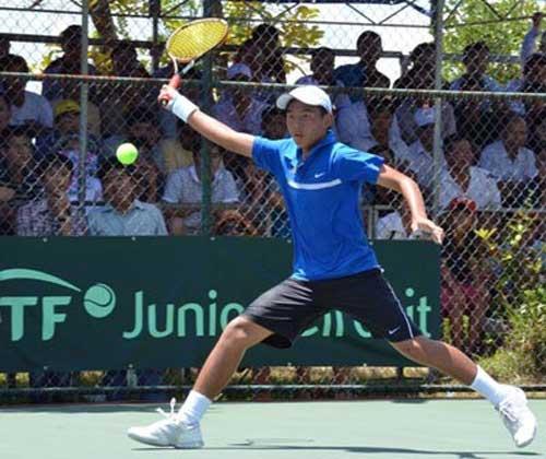 Tay vợt Lý Hoàng Nam đoạt cú đúp danh hiệu ITF trên sân nhà - 1