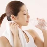 Sức khỏe đời sống - Thói quen uống nước nguy đến tính mạng