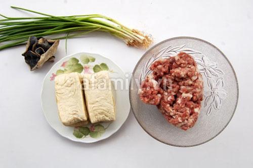 Đậu nhồi thịt xốt cà chua giòn sựt sựt - 1