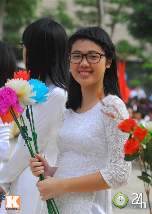Học sinh cả nước chào đón năm học mới - 6