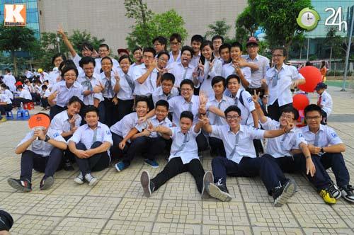 Học sinh cả nước chào đón năm học mới - 9