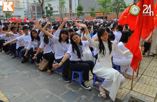 Học sinh cả nước chào đón năm học mới - 8
