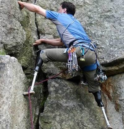 Những người hùng khuyết tật nổi tiếng - 1
