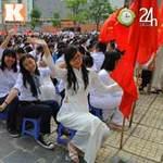 Tin tức trong ngày - Học sinh cả nước chào đón năm học mới