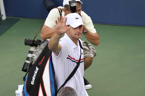 Roddick đẫm lệ ngày chia tay - 5