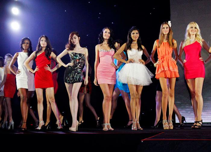 Ngọc Oanh đoạt giải 3 Siêu mẫu Quốc tế - 2
