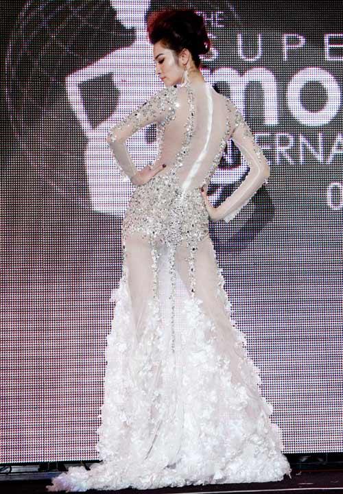 Ngọc Oanh đoạt giải 3 Siêu mẫu Quốc tế - 9