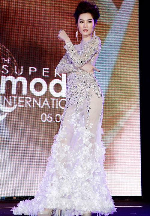 Ngọc Oanh đoạt giải 3 Siêu mẫu Quốc tế - 8